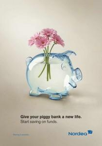 nordea_piggy_bank_flowers_ddb